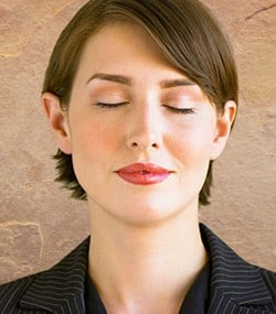 business-woman-meditating